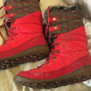 Columbia Heavenly Omni-heat lace up boot